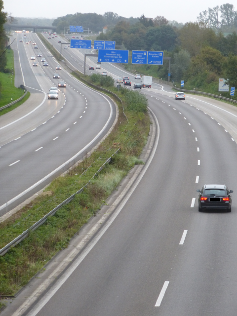 Wanderautobahn - Autobahnwandern