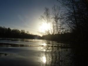 Der Heidhofsee in der Wintersonne