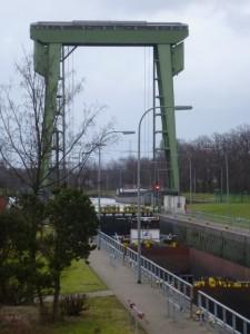 Die Schleuse Friedrichsfeld
