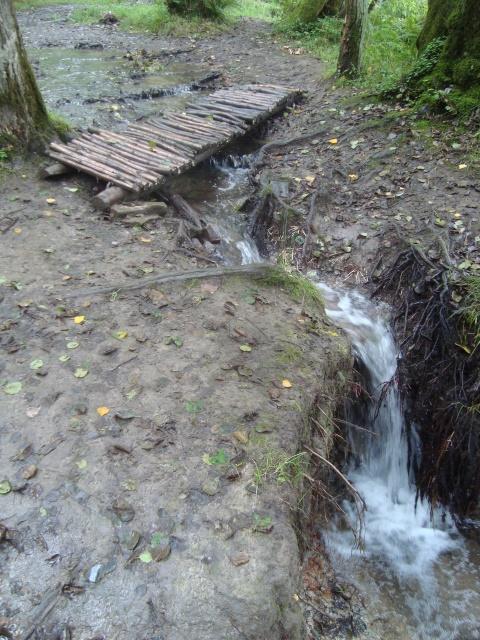 Selbst Wasserfälle gibt es zu sehen
