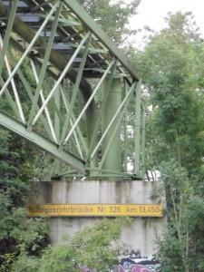 Stahl bringt Gas über den Rhein-Herne-Kanal