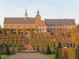 Kloster Kamp mit Terassengarten