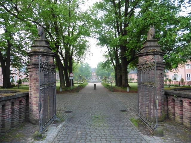 Schloss Wickrath am Residenzweg