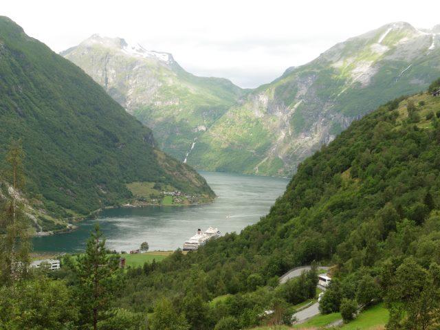 Blick in den Fjord bei Geiranger