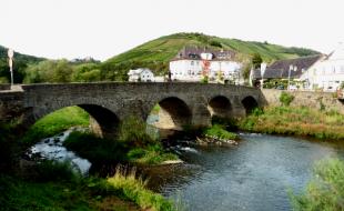 Die Nepomukbrücke in Rech im Ahrtal