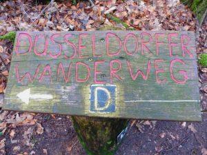 Der Düsseldorfer Wanderweg. Kurz D-Weg.