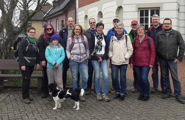 Gruppenfoto vor dem Start in Rees - Haldern.