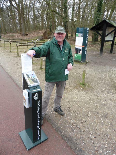 Theo van der Leer Wanderführer der Stichting het Limburgs Landschap in Wellerlooi