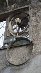 Ruinöses in Papiermühle